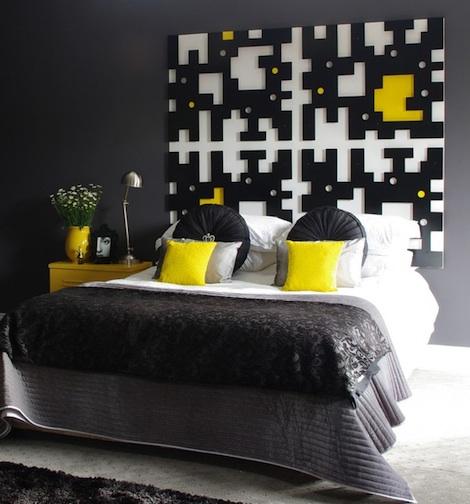makuuhuone-mustajakeltainen