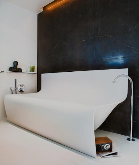 kylpyamme-kaareva