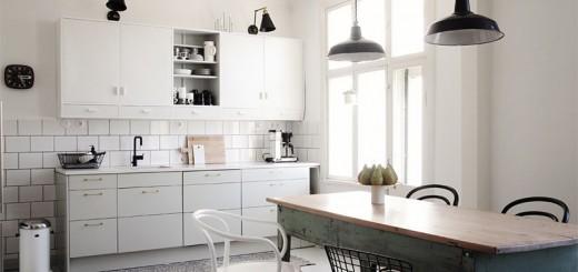 keittio-valkoinen-kaakeli-1