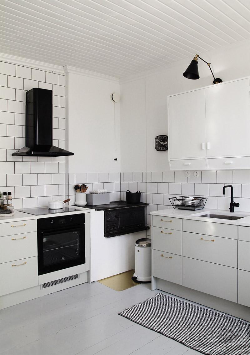 keittio-valkoinen-kaakeli-2