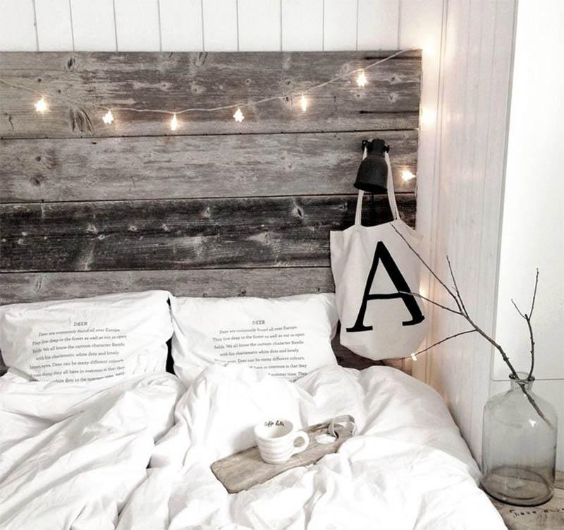 Antiikkinen sängynpääty
