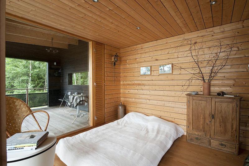 moderni-kesaasunto-makuuhuone