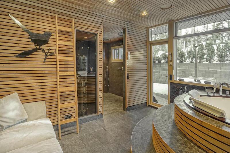 ylellinen-omakotitalo-saunaosasto