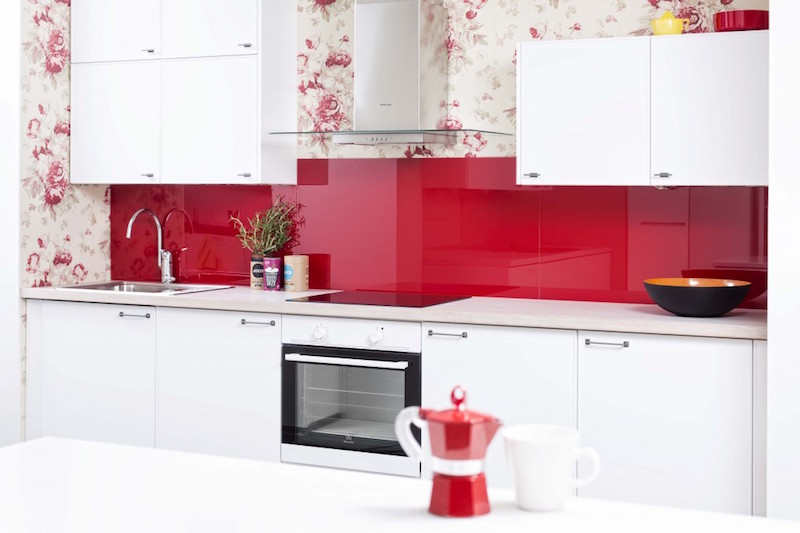 keittio-elegant-punainen-ideal-keittiot