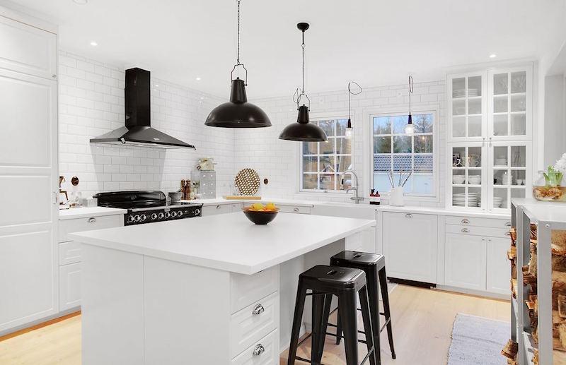 keittio-talo-luonnon-syleilyssa