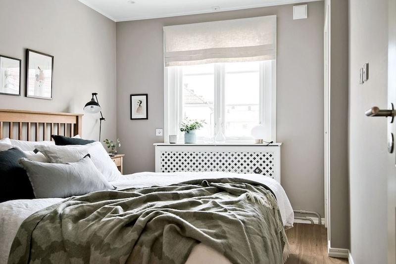 makuuhuone-sisustus-harmaan-savyt