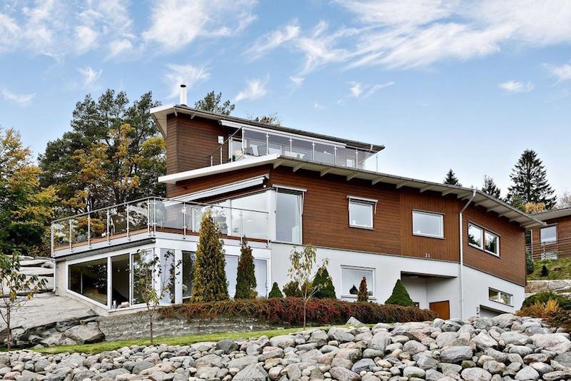 arkkitehtuuri-koti-kukkulalla
