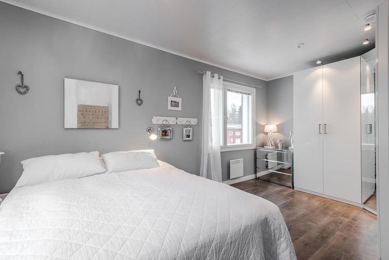 makuuhuone-sisustuksen-kauniit-savyt