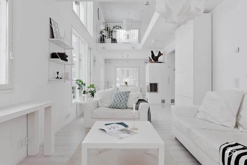 huonekorkeus-sisustus-vari-valkoinen