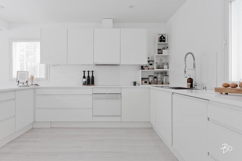 keittio-tyyli-sisustus-vari-valkoinen