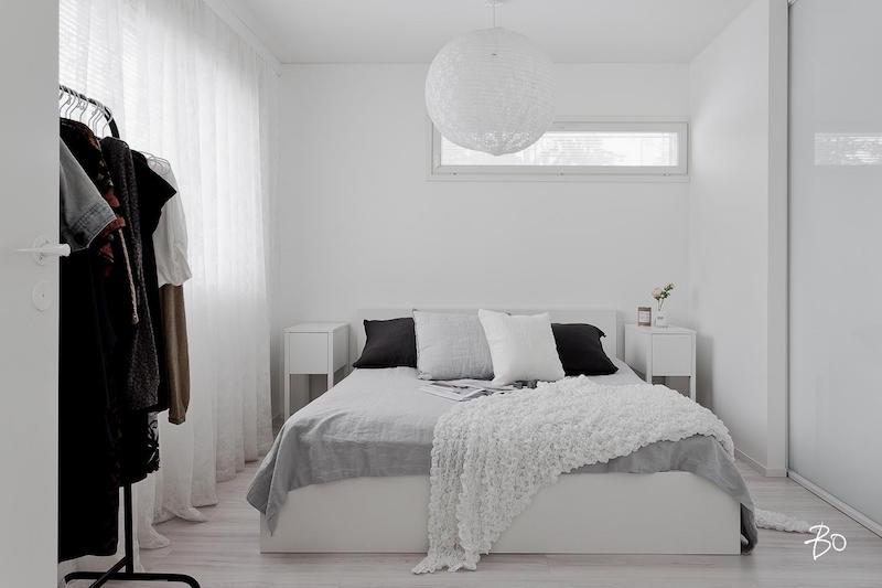 makuuhuone-sisustus-vari-valkoinen