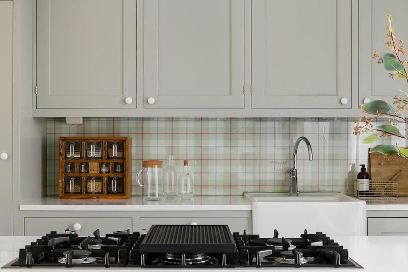 ajatonta-tyylia-sisustus-keittion-yksityiskohdat