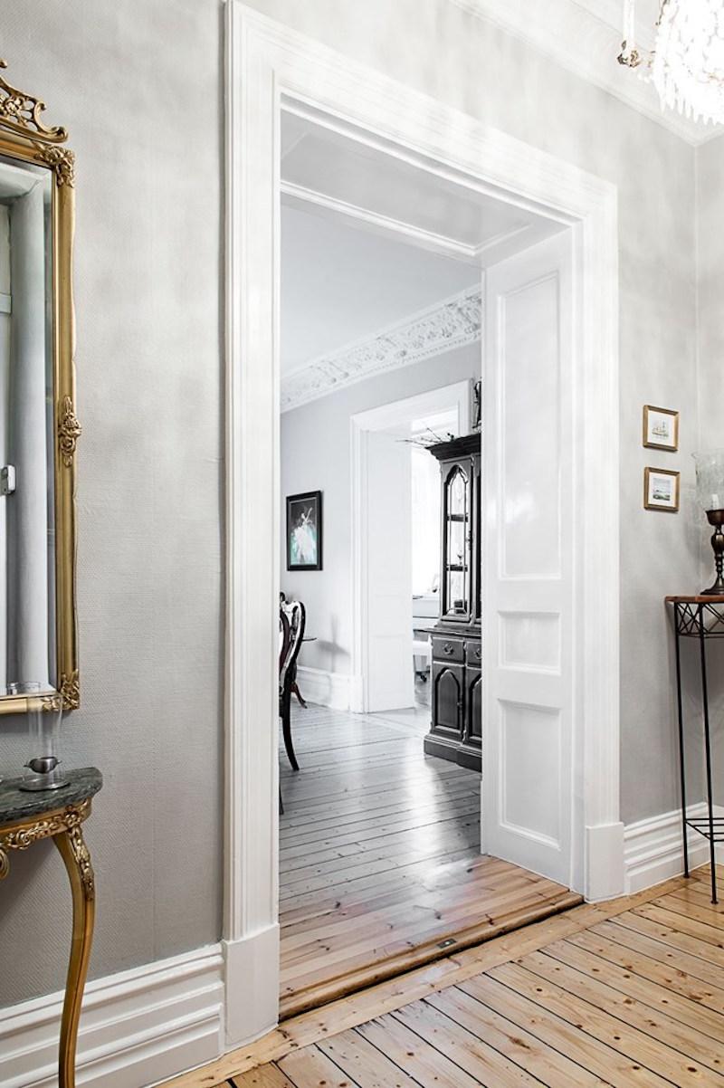 tyylikas-sisustus-antiikkia-ovet