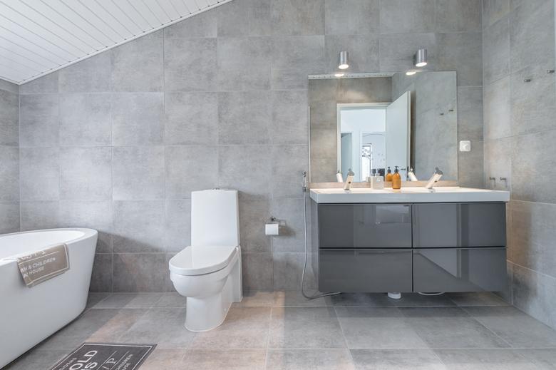 valoisaa-tyylia-kylpyhuone2