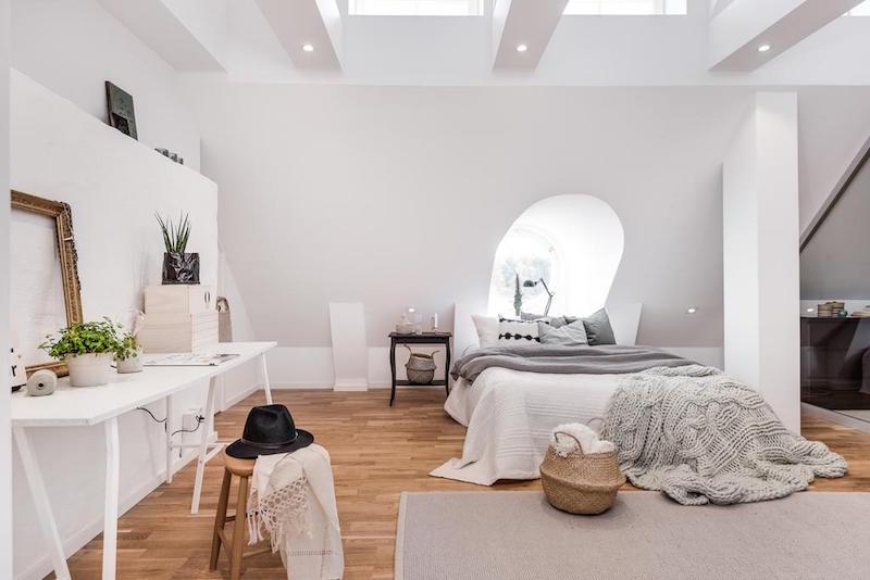 elegantti-sisustus-kattohuoneisto-makuuhuone