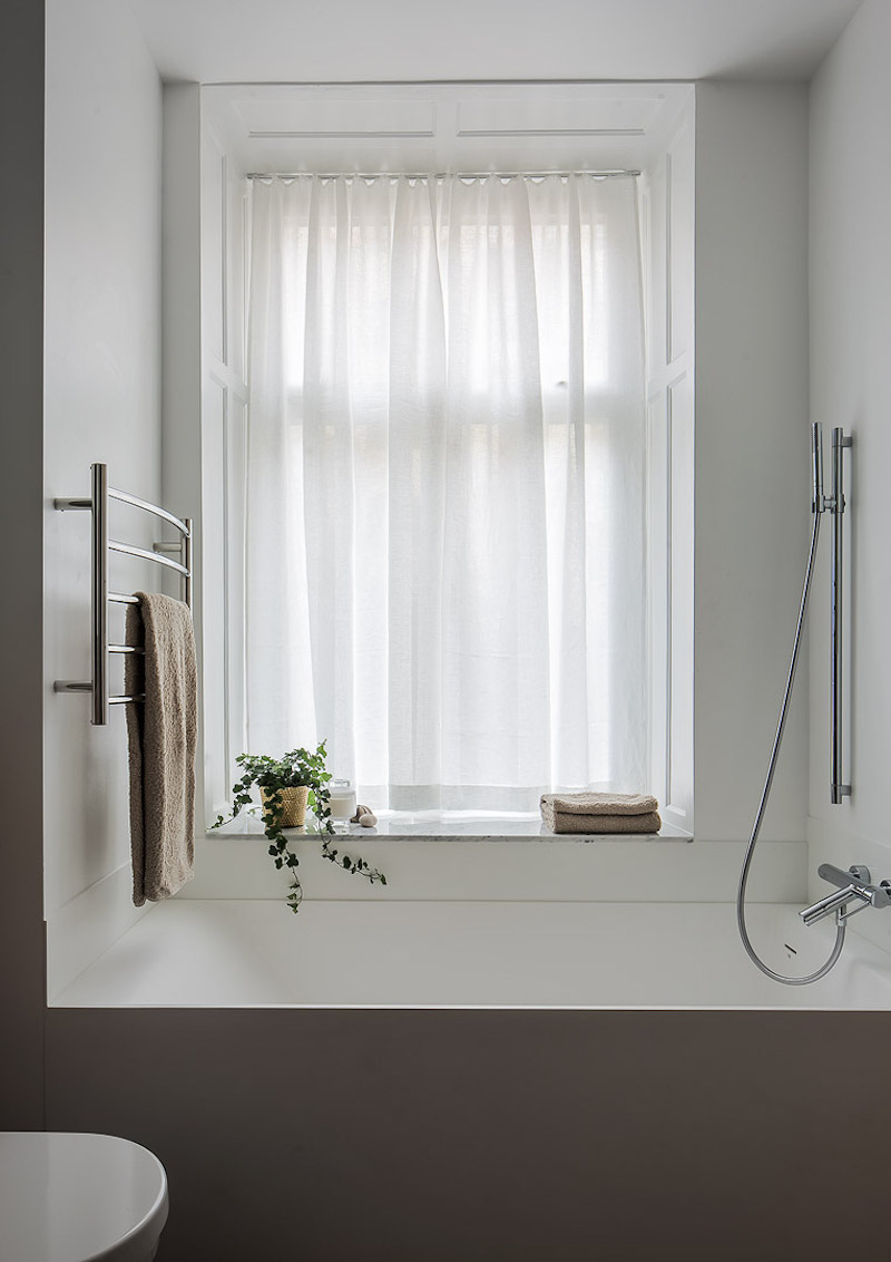 kolmio-sisustus-kylpyhuone-amme