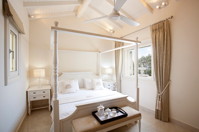 korfu-villa-ferretti-makuuhuone