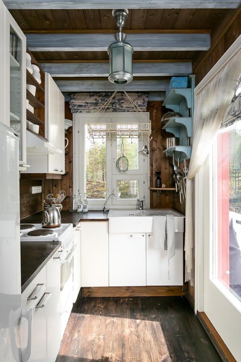 koti-metsan-keskella-keittio