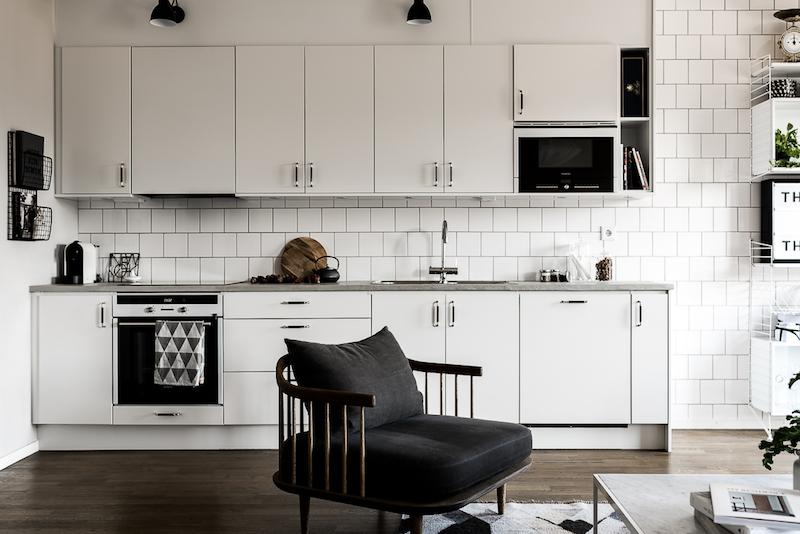 mustavalkoista-graafisuutta-keittio