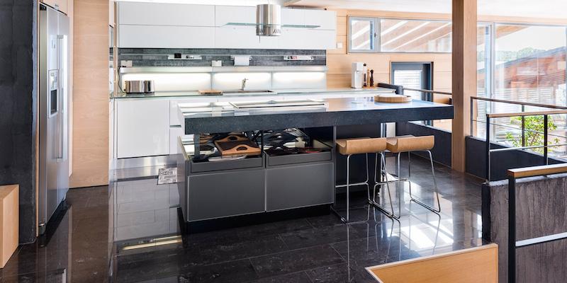 luksusta-merenrannassa-keittio