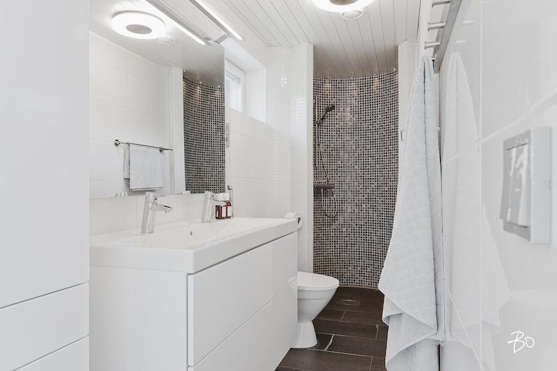 valkoinen-koti-kylpyhuone