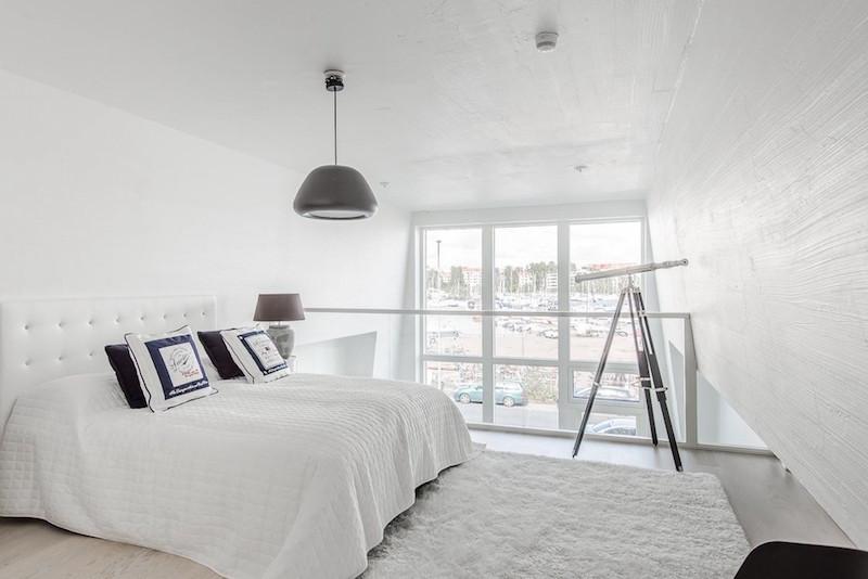 loft-huoneisto-merimaisemat-makuuhuone