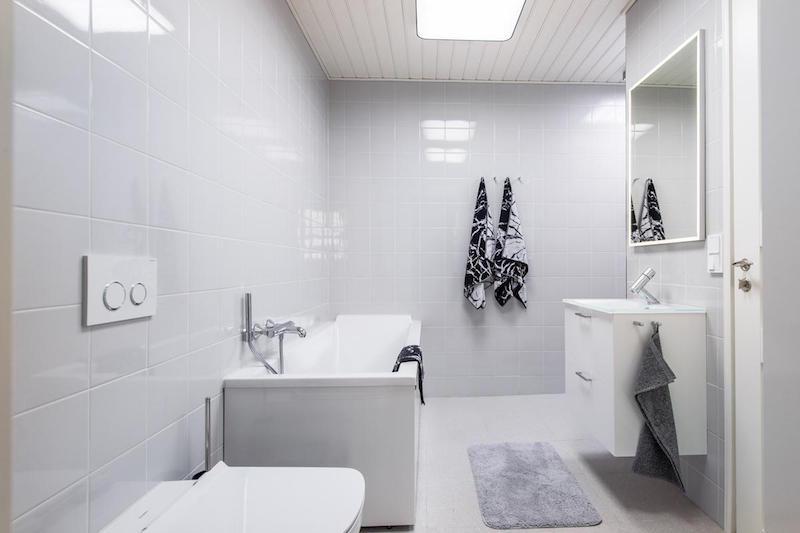tilaa-ja-valoa-sisustus-kylpyhuone