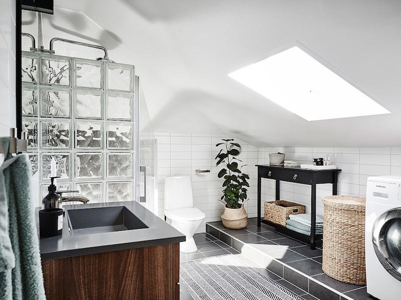 pohjaratkaisu-elegantti-kodikas-sisustus-kylpyhuone