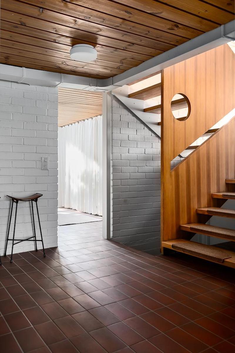70-luku-koti-sisustus-portaikko